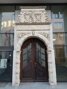 Wiederhergestellten Renaissance-Portal von 1600