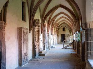 Gotischer Westflügel Kreuzgang