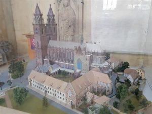 Modell des Doms