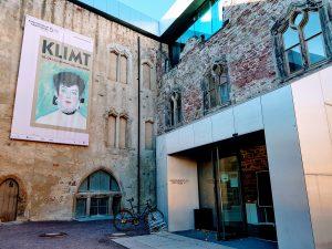 Eingang zum Kunstmuseum